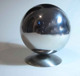 Ball on stainless steel hemispherical base